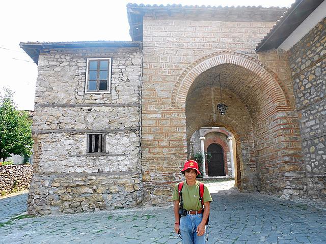 按图片以查看大图名称: 13th century church of sveta bogorodica periviepta ohrid macedonia 824 2012 (10) (3072x2304).jpg查看次数: 13文件大小: 3.38 MBID: 830055
